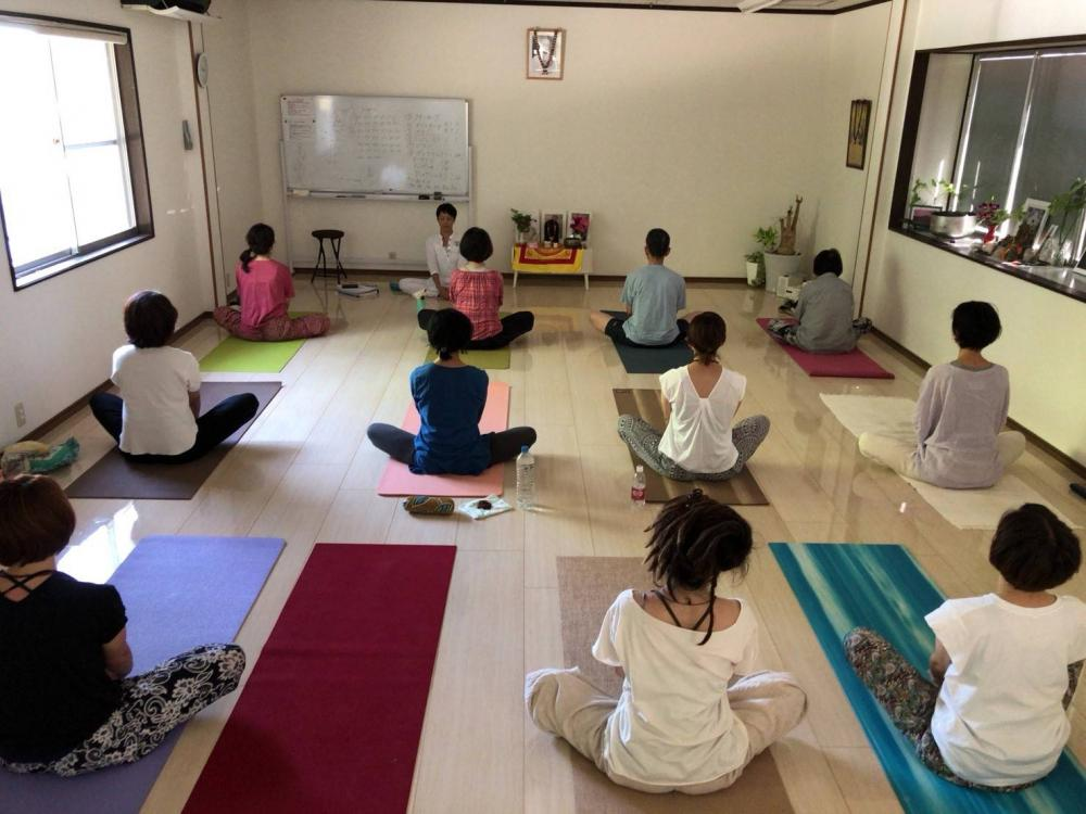 Traditional Yoga「HUS lab」山鹿校